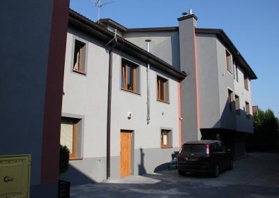 Blok wejście / Mieszkania do wynajęcia