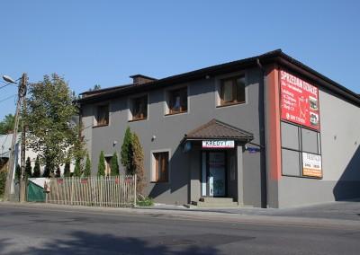 Blok widziany od strony WSB / Mieszkania do wynajęcia